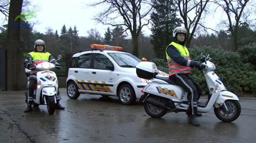 Verkeersbegeleiding, veilig, rouwstoet, brommers, auto, uitvaart, Uitvaartsupport Nederland